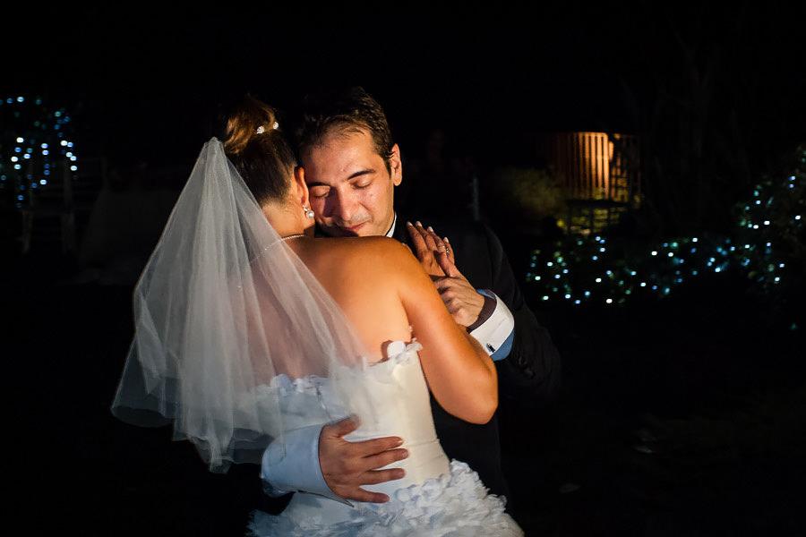 damat ve gelin romantik dans