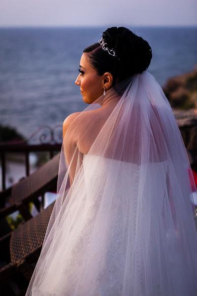 kıbrıs düğün - gün batımında romantik gelin