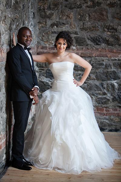 düğün mekanında gelin damat çekimi