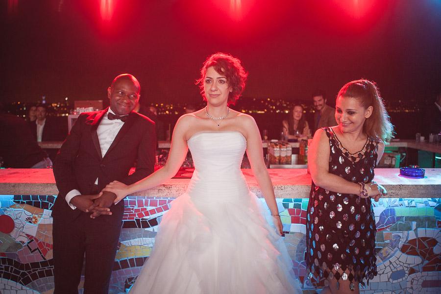Cubuklu Hayal Kahvesi düğün: gelinin konuşmalara tepkisi