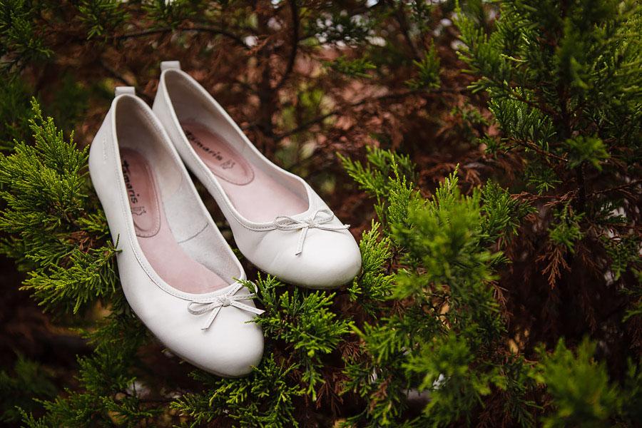 Simple bridal shoes