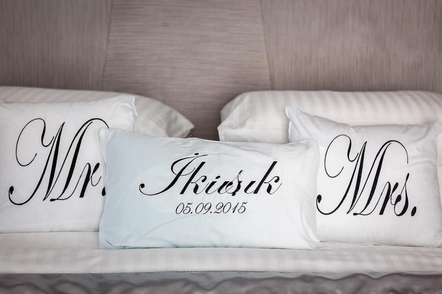 Düğün yastığı