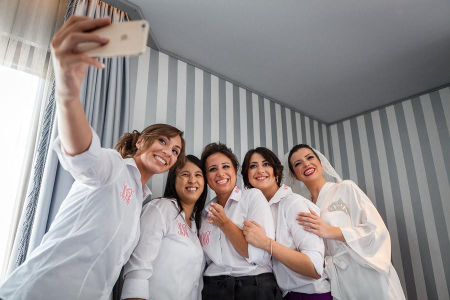 nedimeler ile selfie
