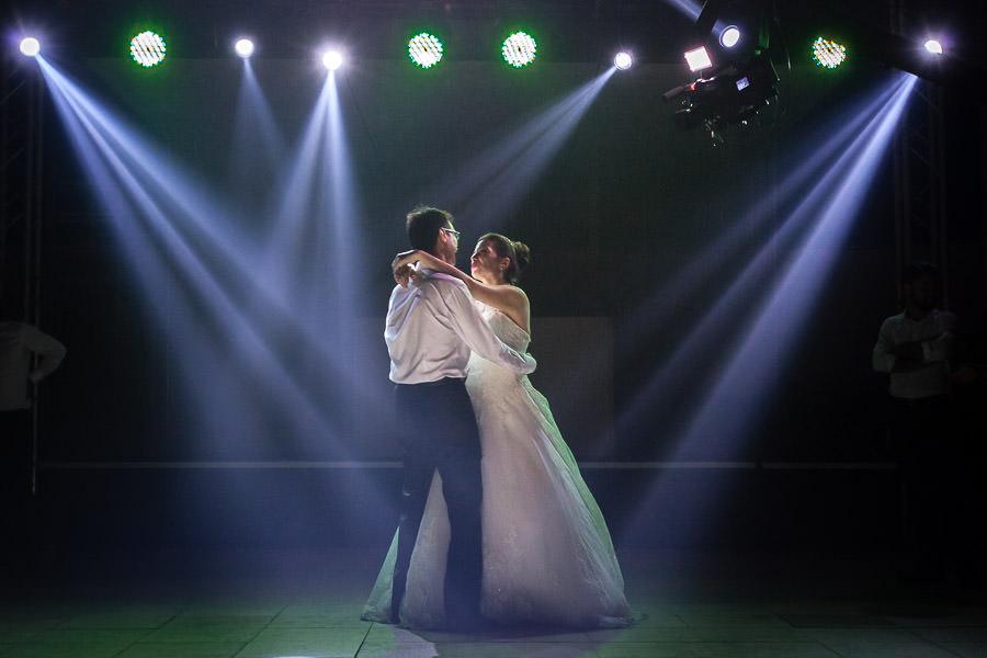 düğünde kapanış dansı