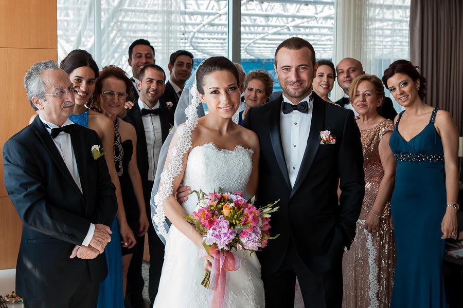 Family portrait DoubleTree Hilton Moda wedding