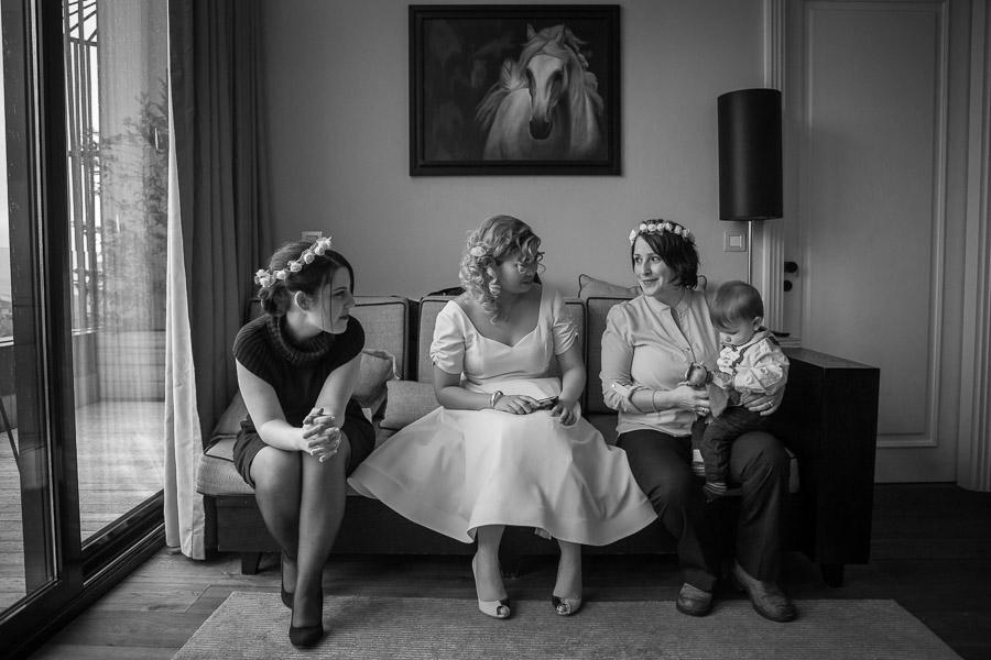 gezi hotel düğün: gelin ve nedimeler düğün hazırlığı