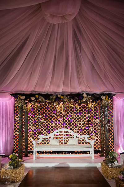 throne for the bride