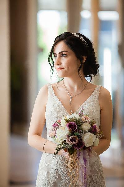 fine-art düğün fotoğrafı ile masum ve doğal pozlar ortaya çıkıyor