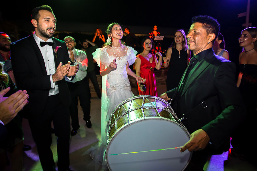 mansur ark playing drums at cemile sultan wedding
