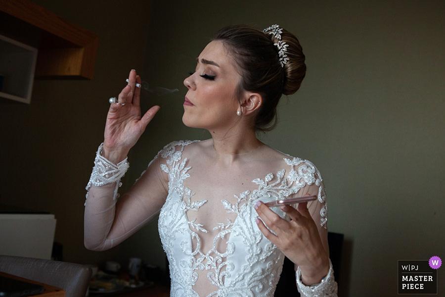award-winning wedding photographer